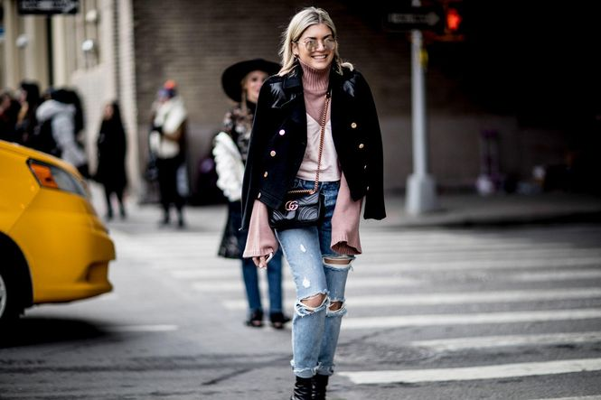12-nyfw-street-style-fall-2017-day-5